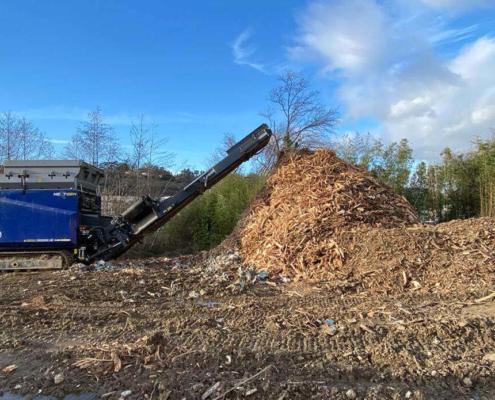 concassage de bois sur un chantier à Lyon